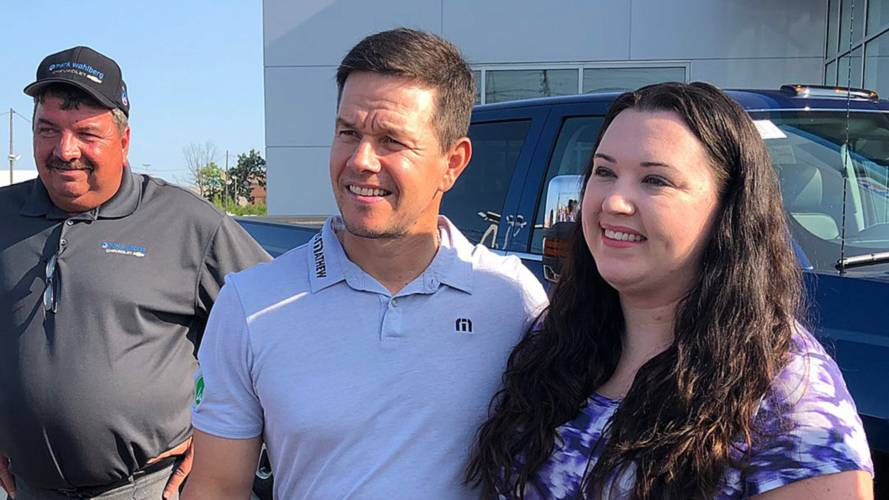 Mark Wahlberg Brings Good Vibrations To His New Chevy Dealership