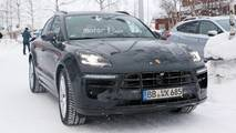 2019 Porsche Macan facelift spy photos