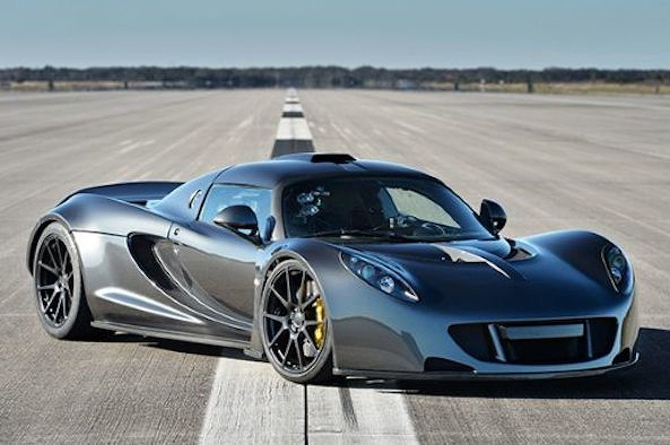 Hennessey Venom GT Hits 270.49 MPH —A New World Speed Record