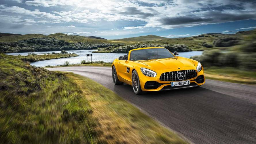 Mercedes-AMG GT S Roadster Slots Into Middle Of Droptop Lineup