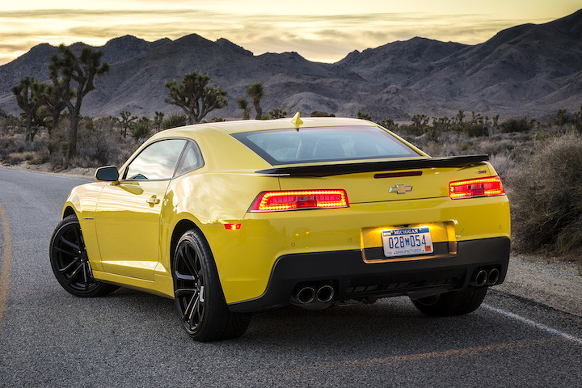 2016 Chevy Camaro Will Get a Turbo Four 70 s Looks