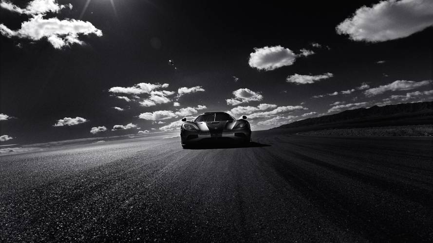 Hasselblad's Stunning Photos Capture Koenigsegg Agera RS Speed Run