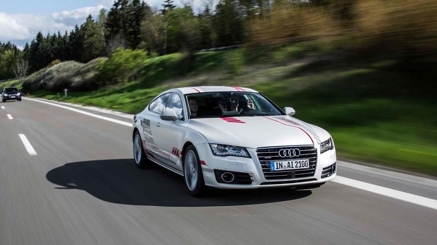 Audi A7 Piloted Drive konsepti Almanya otoyollarında