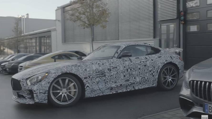 Mercedes-AMG, daha ateşli GT R'ın teaser'ını yayınladı