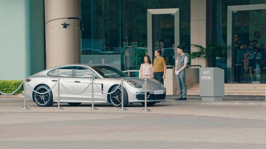 Porsche Tries To Be Funny With Panamera Valet Prank