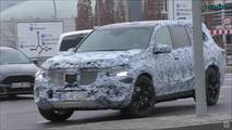 2019 Mercedes GLS screenshot from spy video