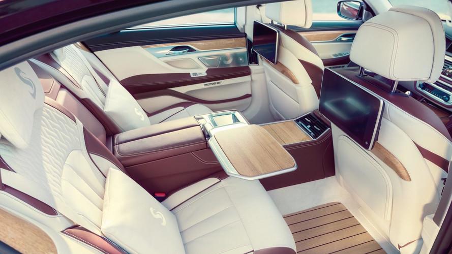BMW M760Li Excellence – Un yacht de luxe dans une voiture de luxe