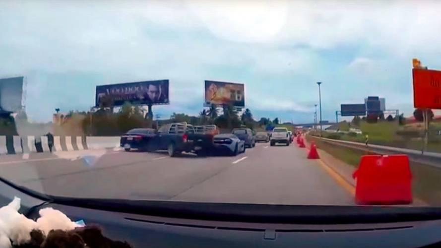 McLaren 720S Gets Rear-Ended In Stupid Thai Highway Crash