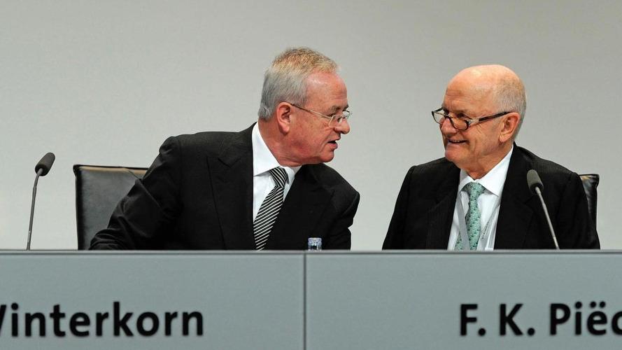 VW rumours return as chief steps down