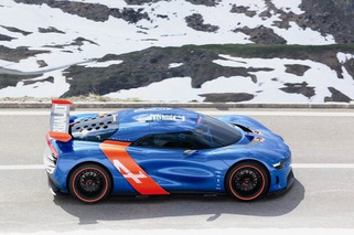 Renault and Caterham Team Up for Sweet Alpine Sportscar Babies