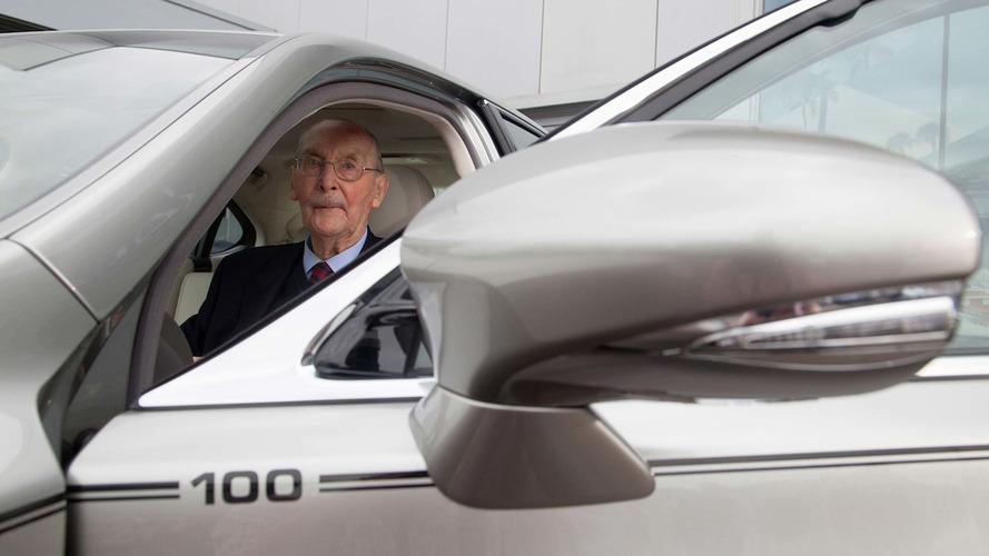Lexus, sadık müşterisi için özel araç hazırladı