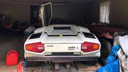 Une Lamborghini Countach retrouvée au fond d'un garage après près de 20 ans !