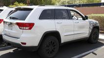2014 Jeep Grand Cherokee SRT8 spy photo 20.8.2012