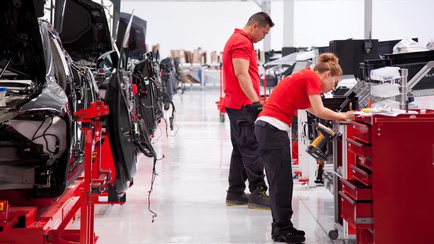 La production de la Tesla Model 3 tourne au ralenti