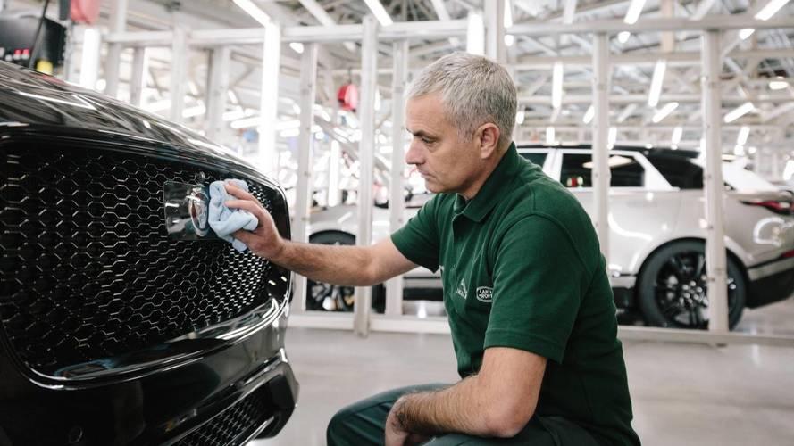Le 100'000ème Jaguar F-Pace pour José Mourinho