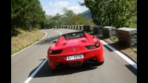 Sul passo della Cisa con la Ferrari 458 Spider