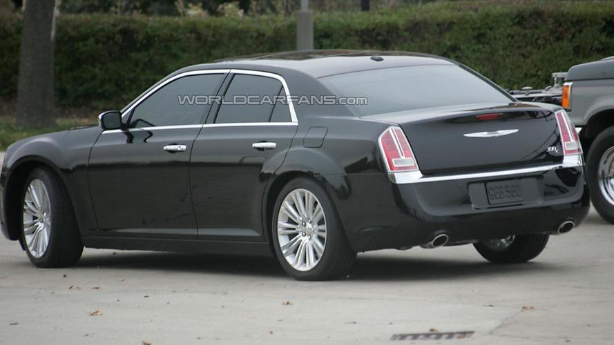 2011 Chrysler 300C spied undisguised