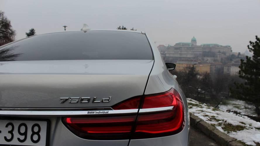 BMW 750Ld xDrive: elmarad a parasztlengő, helyette fenséges tolás