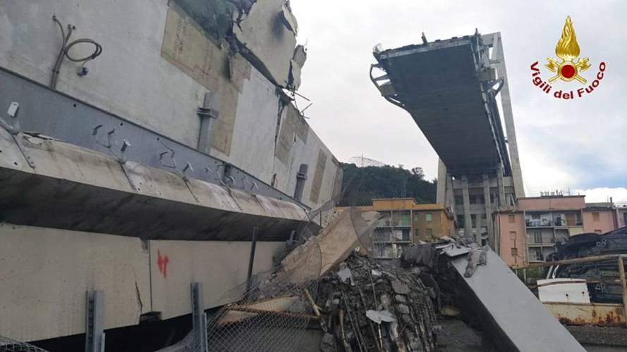 """La denuncia del CNR: i ponti italiani sono """"scaduti"""""""