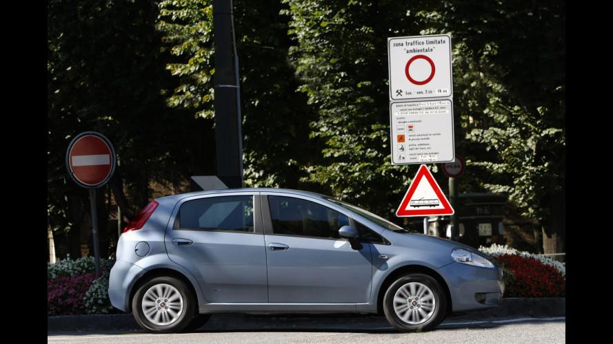 Fiat Punto Quanto Consuma on fiat ritmo, fiat stilo, fiat cinquecento, fiat coupe, fiat barchetta, fiat 500 abarth, fiat spider, fiat marea, fiat 500 turbo, fiat cars, fiat bravo, fiat x1/9, fiat panda, fiat doblo, fiat multipla, fiat linea, fiat 500l, fiat seicento,