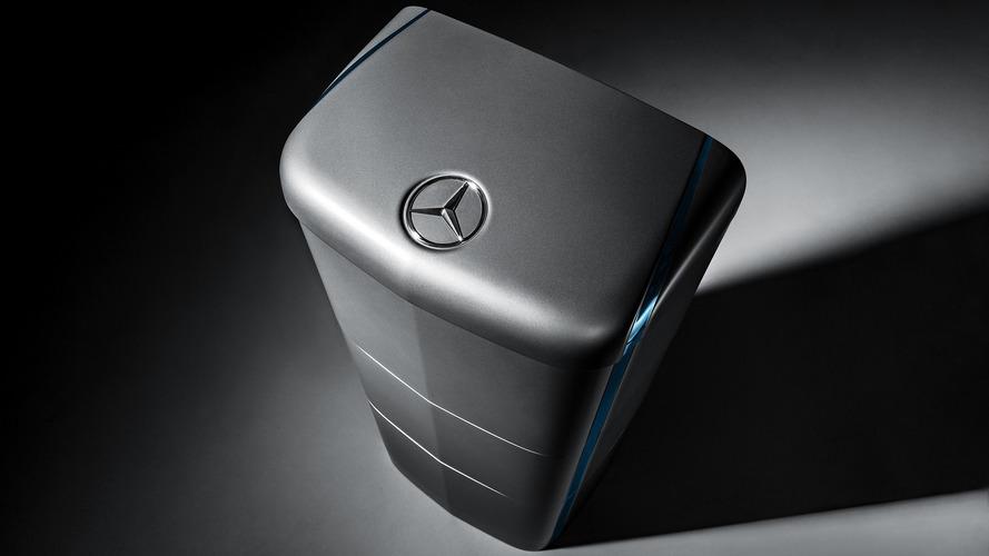 Mercedes Energy Storage Units Ready To Power U.K. Homes