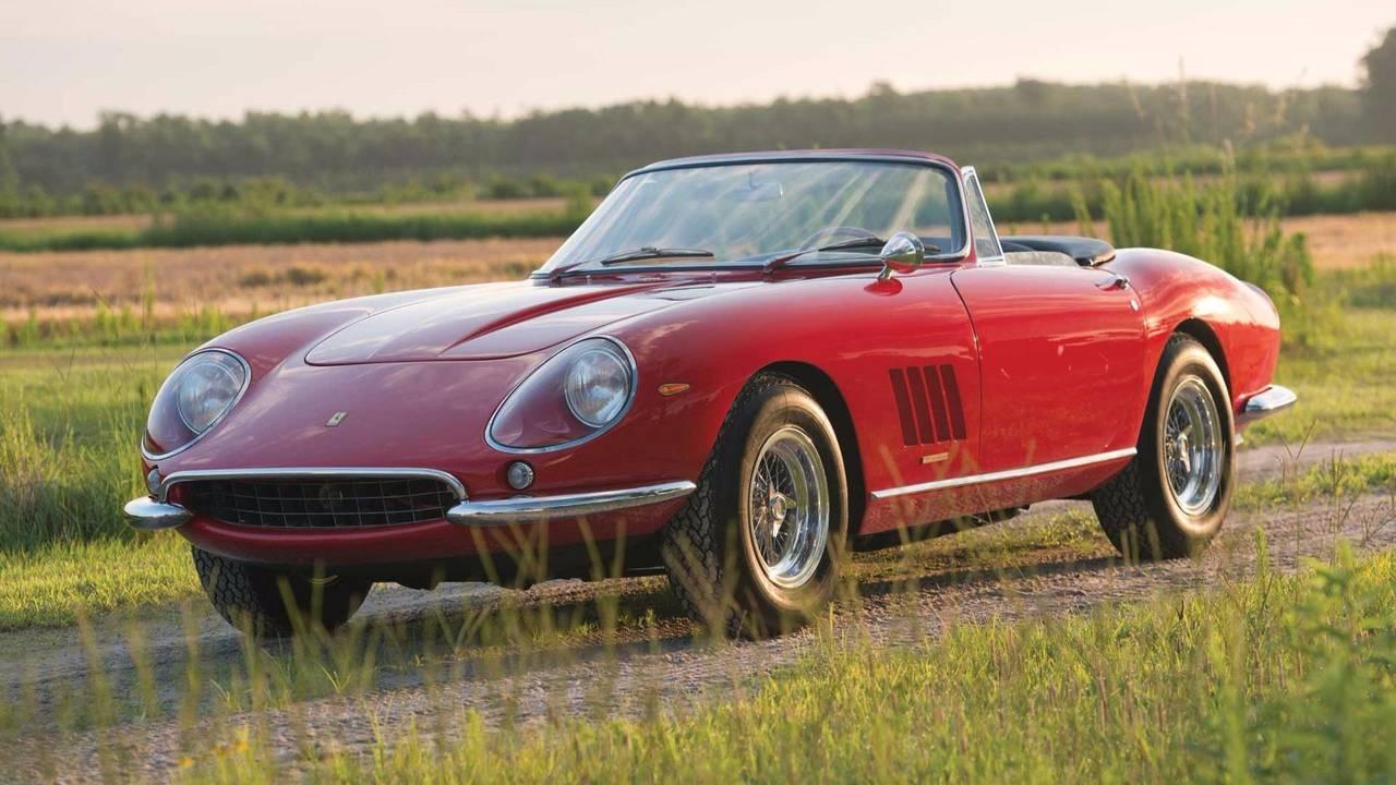 Ferrari 275 GTB/4 S NART Spider (1967): 24.031.110 euros