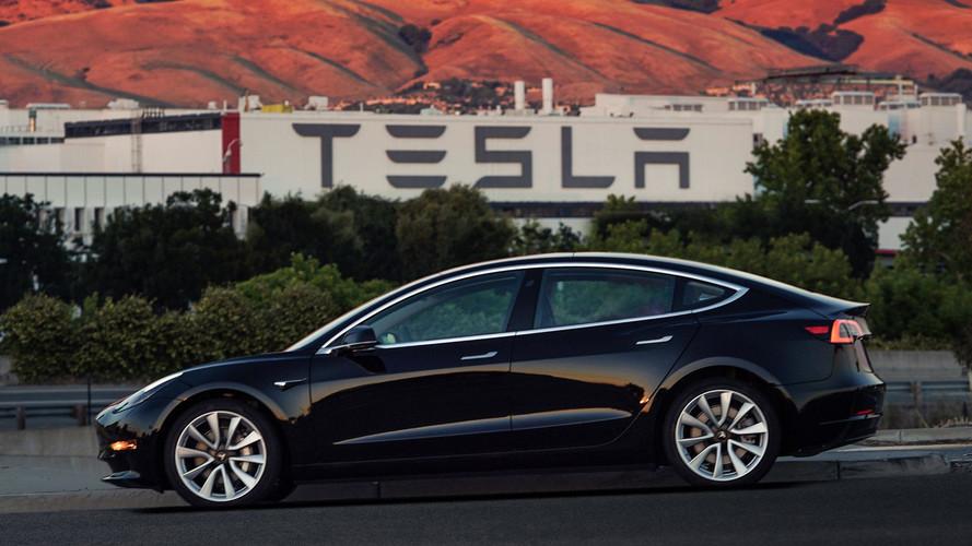 Tesla, Model 3 üretimini 5 günlüğüne durdurdu