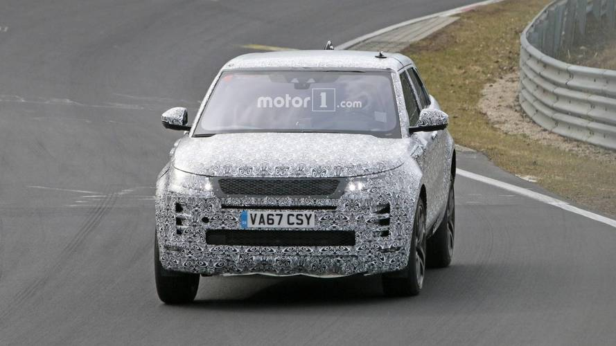 New Range Rover Evoque is testing on the Nürburgring