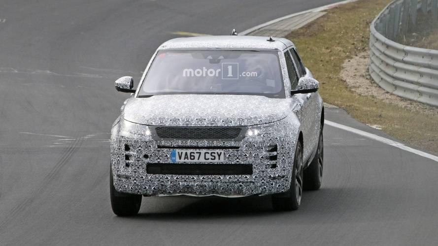 2019 Range Rover Evoque spied at the Nürburgring