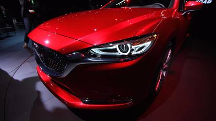 Upgraded Mazda6 saloon revealed in LA