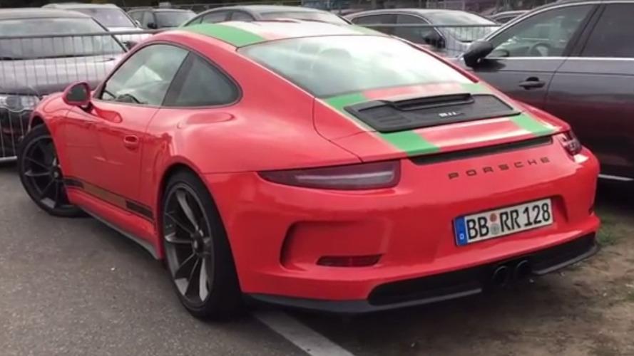 VIDÉO - Découvrez une Porsche 911 R peinte comme une GT3 RS