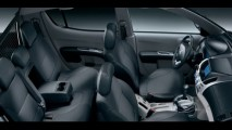 Mitsubishi L200 Triton terá 3 versões e chega com preço inicial de R$ 109.990