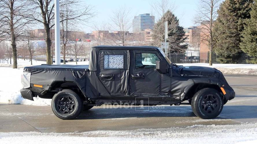 Jeep Wrangler temelli pick-up'ın üretim tarihi netleşti