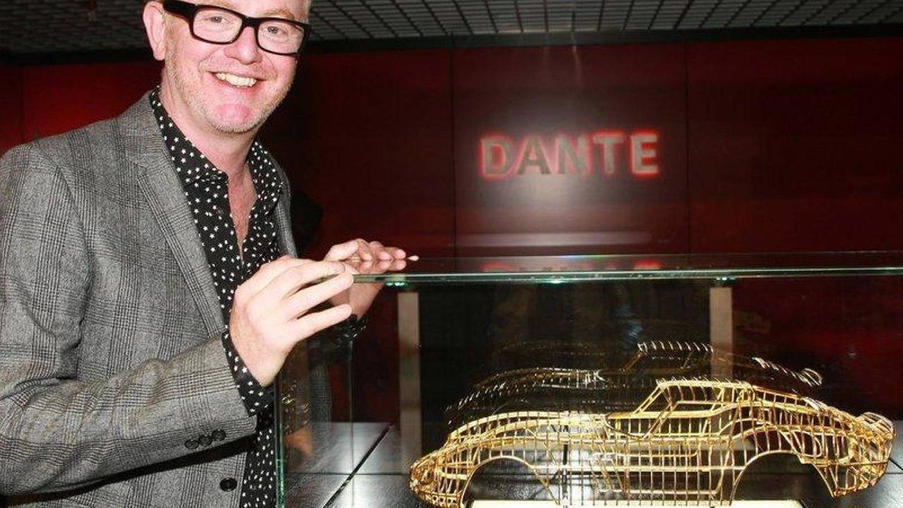 Chris Evans with 24-karat Ferrari 250 GTO sculpture by Dante Rubli 27.07.2011
