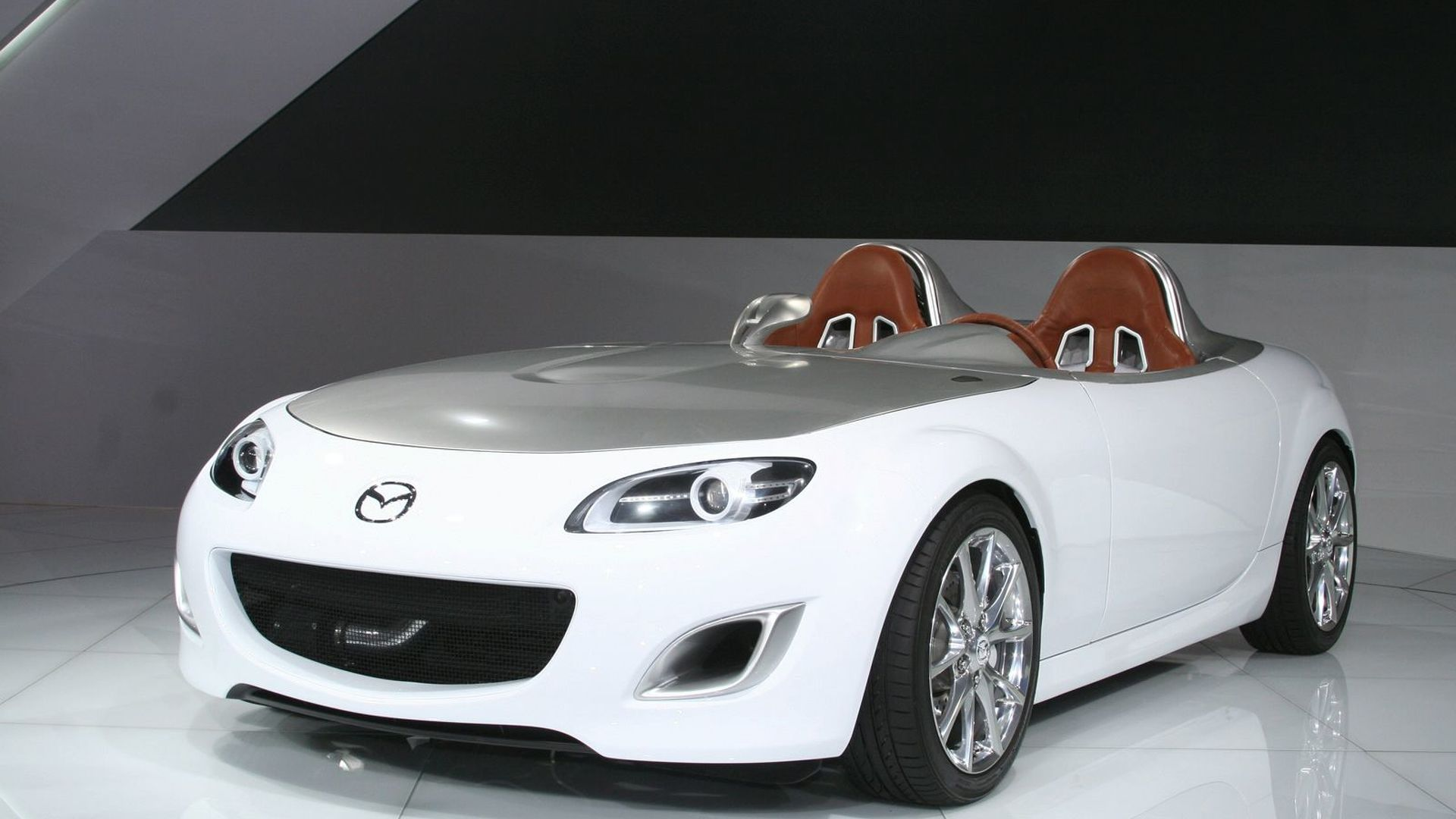 https://icdn-0.motor1.com/images/mgl/AKPMV/s1/2009-182386-mazda-mx-5-superlight-concept-at-2009-frankfurt-motor-show1.jpg