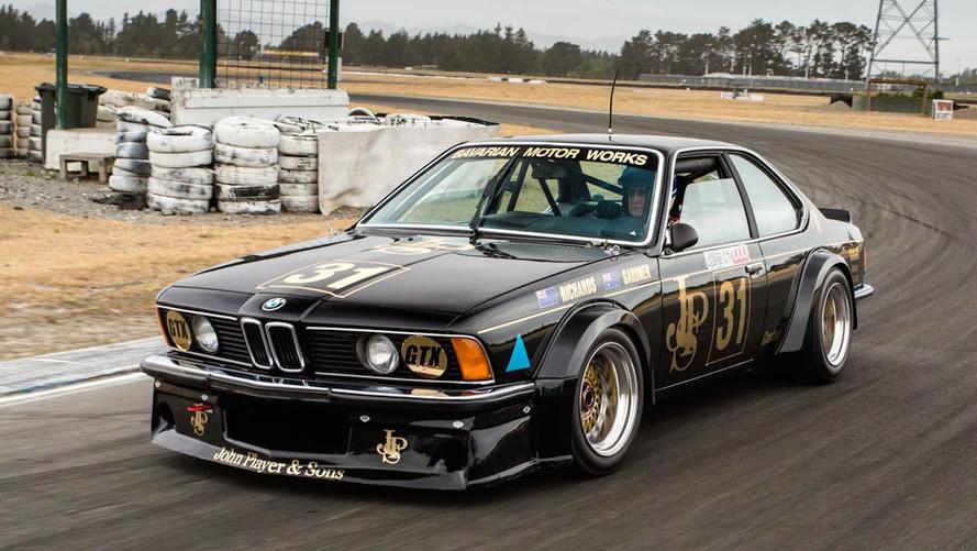 Efsanevi BMW 635 CSi pistlere geri dönüyor