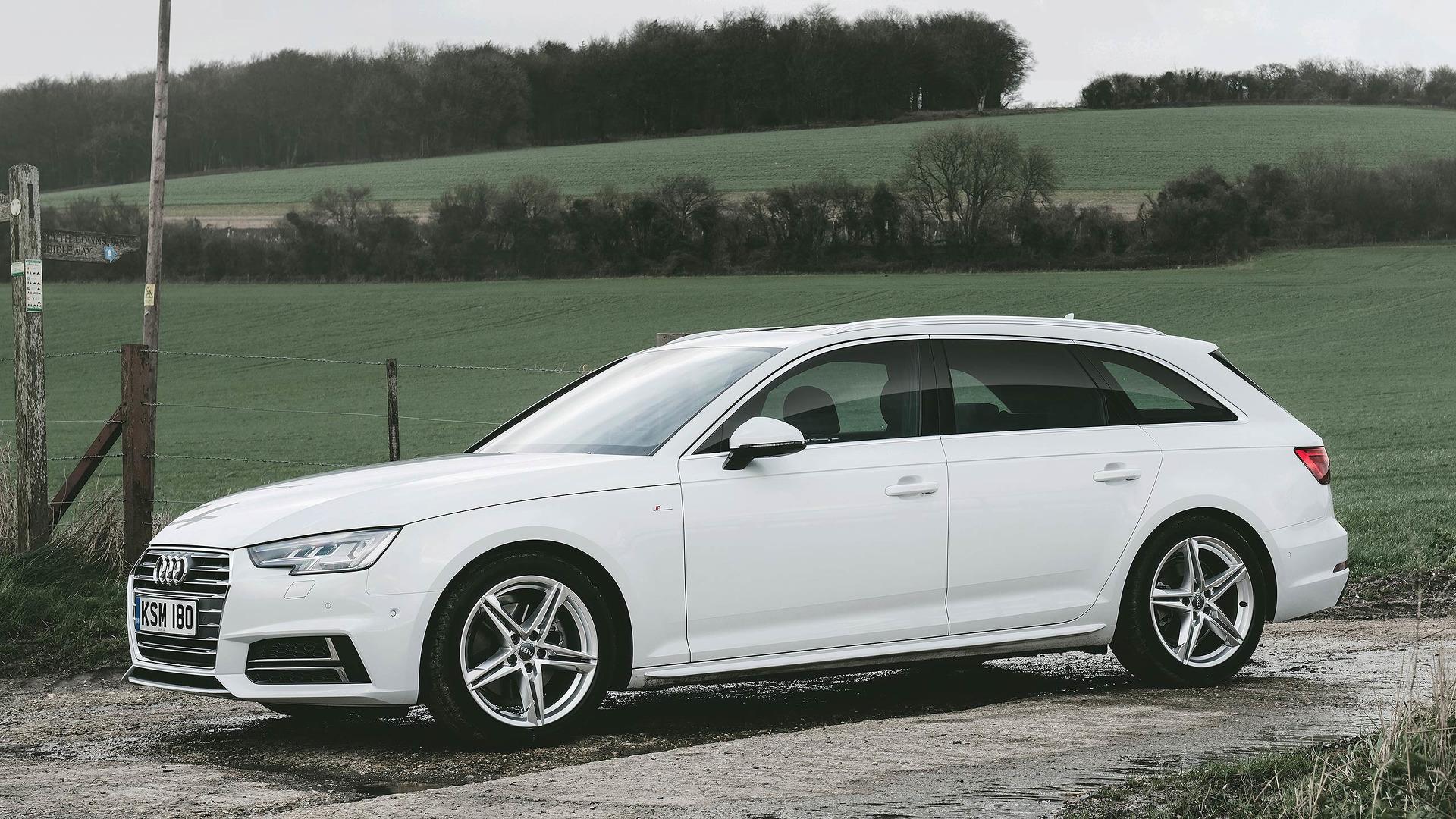 Motor1.com UK
