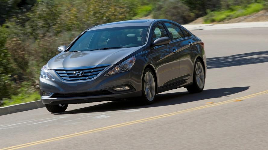 Hyundai recalls over 1 million Sonatas for seat belts that can detach