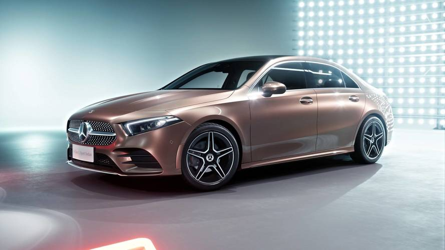 Inédito Mercedes-Benz Classe A Sedan pode ser produzido no Brasil