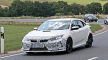Honda Civic Type R facelift spy photo