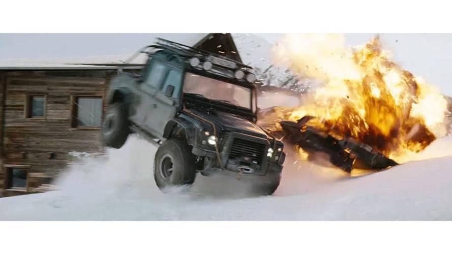 Un Land Rover Defender de James Bond puede acabar en tu garaje