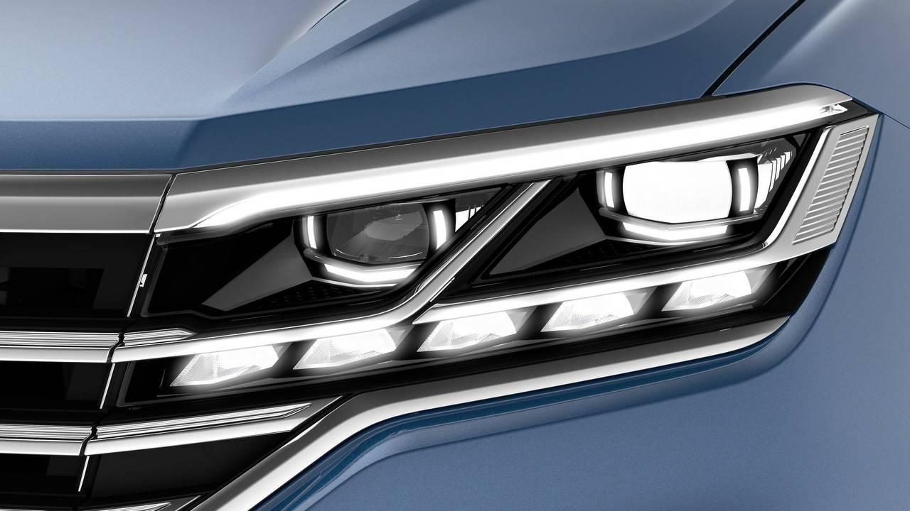 2019 VW Touareg - IQ.Light – LED matrix headlights