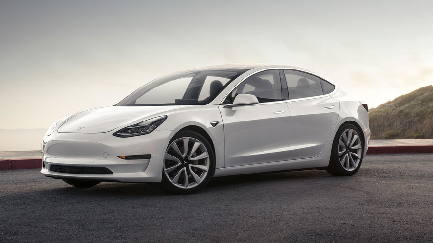 Desagradou? Tesla Model 3 teve 63 mil reservas canceladas