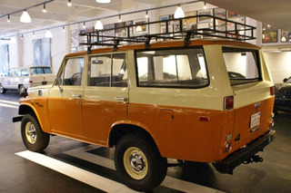 Land Cruiser or Land Rover: Which Would You Buy?