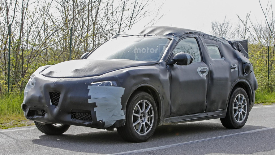 Alfa Romeo Stelvio SUV confirmed for Los Angeles