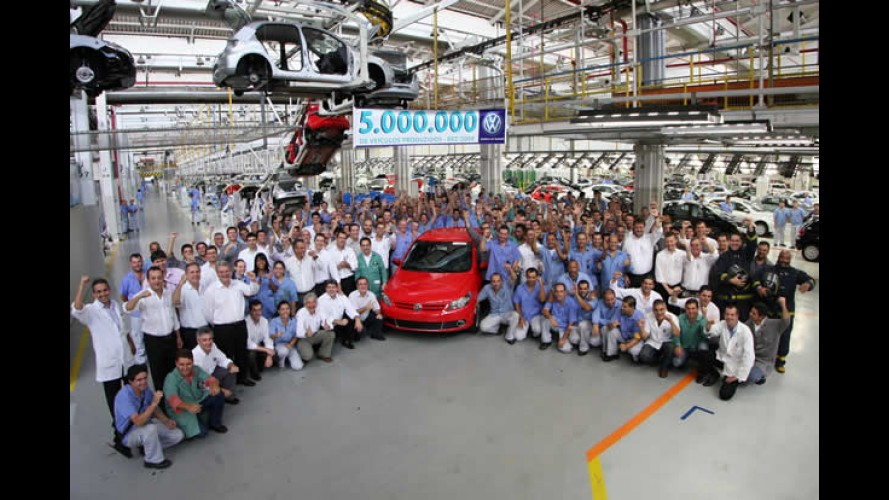 Volkswagen comemora a marca de 5 milhões de carros produzidos em Taubaté - SP