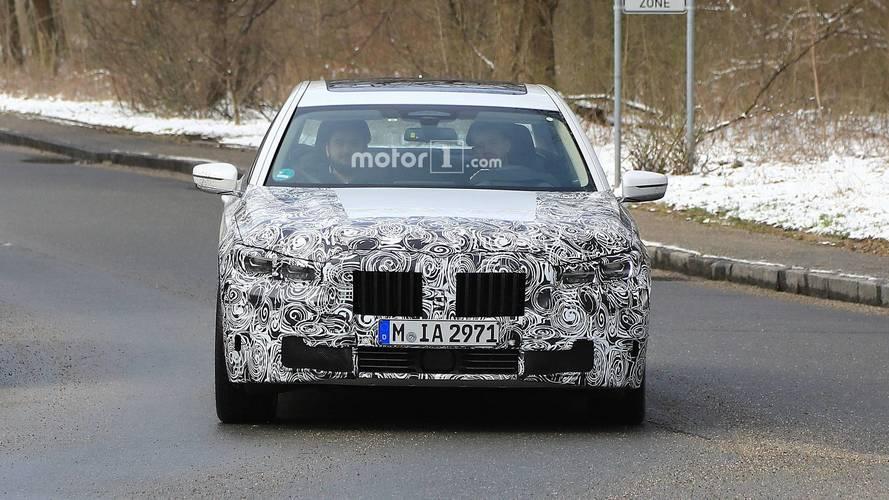 BMW 7 Series Refresh Spy Shots