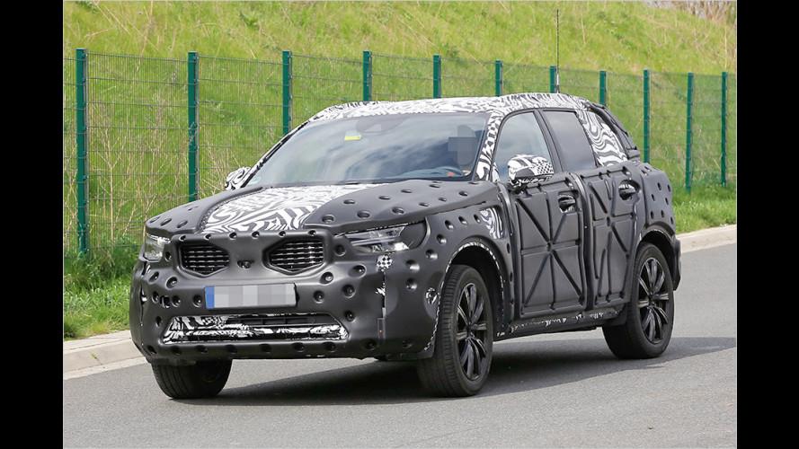 Neuer Volvo XC40 als Erlkönig erwischt