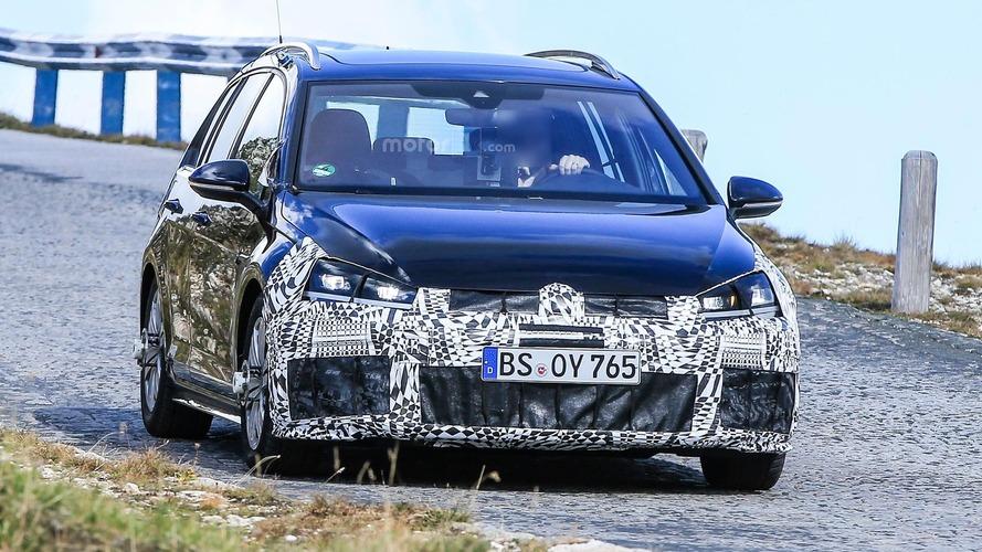 VW Golf R facelift spy photos