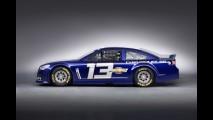 Chevrolet SS preparado para correr em Nascar antecipa novo sedã esportivo da marca